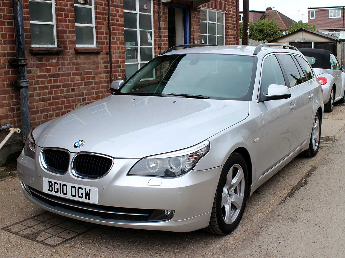 2010 bmw 520d se touring manual diesel 5dr estate 1 owner. Black Bedroom Furniture Sets. Home Design Ideas