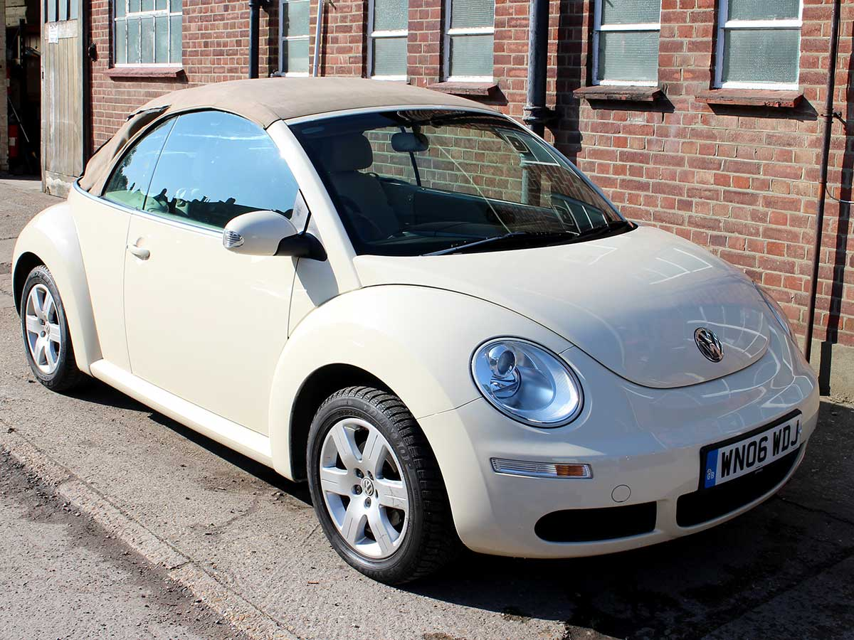 2006 Beetle 1.6 Luna Convertible Harvest Moon Beige with Beige Interior 63,000 Miles WN06WDJ