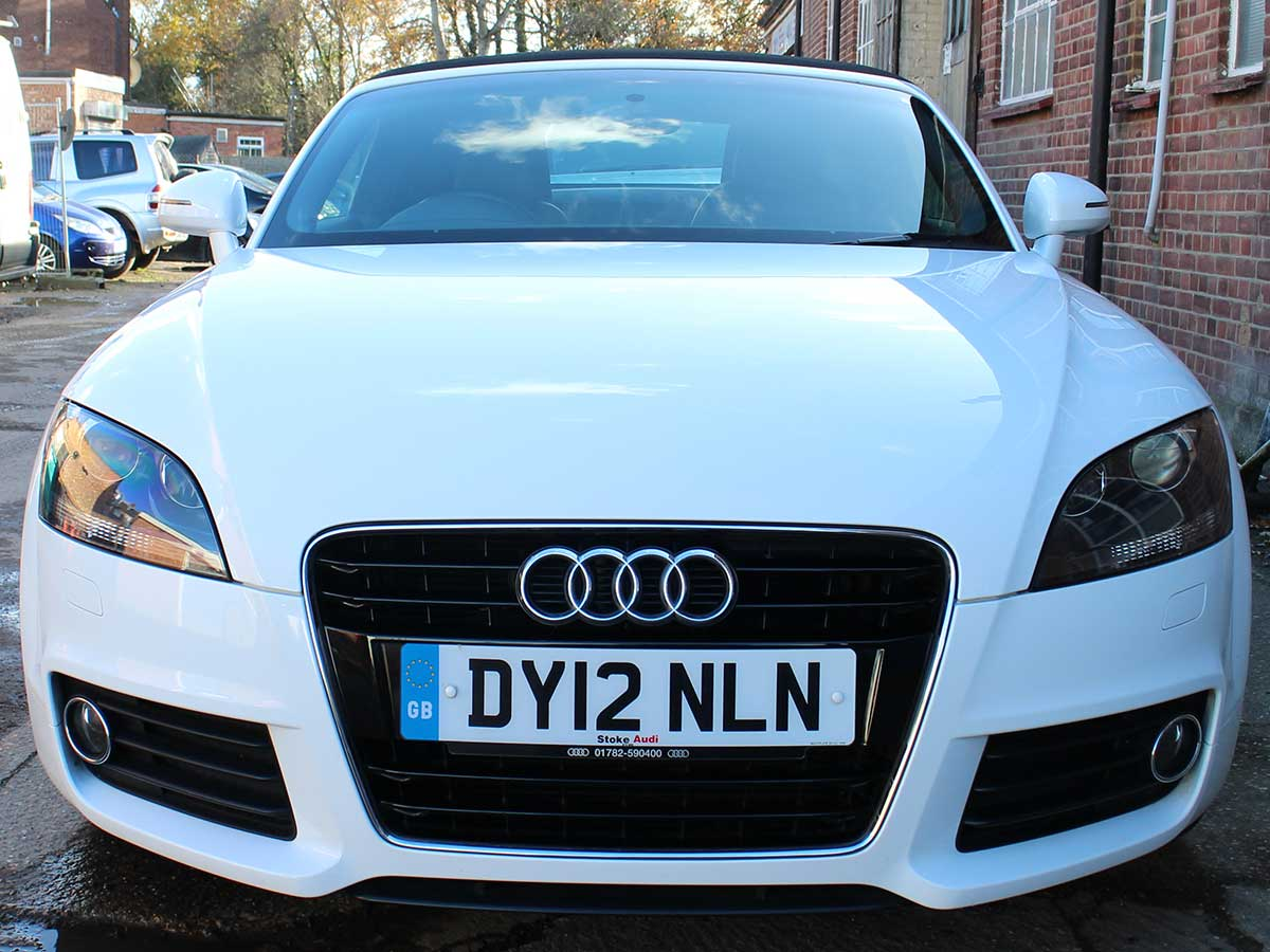 2012 audi tt 1 8t fsi roadster manual 6 speed white 2 owners 46 000 rh gtcarsuk co uk Audi TT Manual Transmission Audi TT Owner's Manual