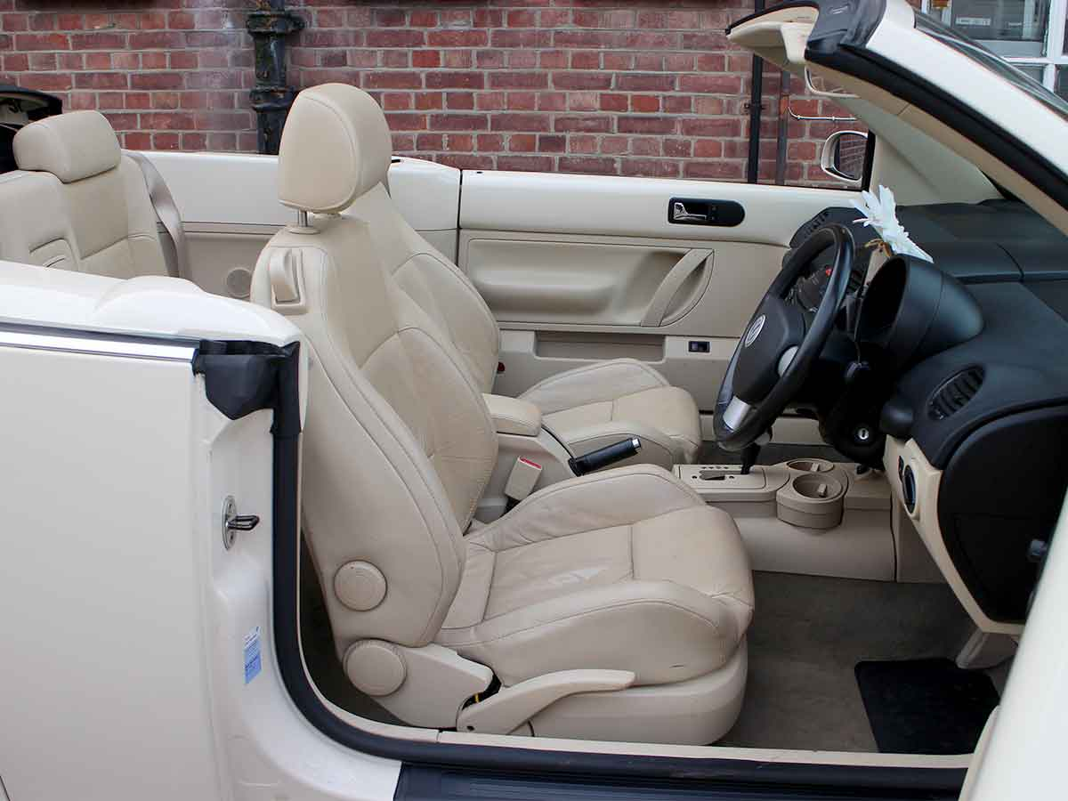 2004 VW Beetle 2 0 Automatic Convertible Harvest Moon Beige