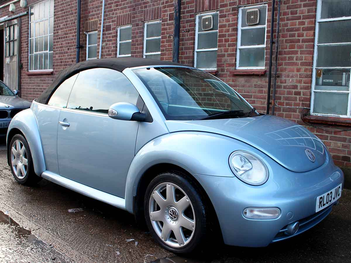 2003 VW Beetle Convertible Automatic Metallic Blue AC 3 Owners 114,000 miles FSH RL03JVC