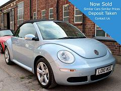 2010 VW Beetle 2.0 Automatic Convertible Blue Black Hood Black Leather Sport Seats Alloys AC Parking Sensors 2 Owners 43,000 FSH LO10WOD