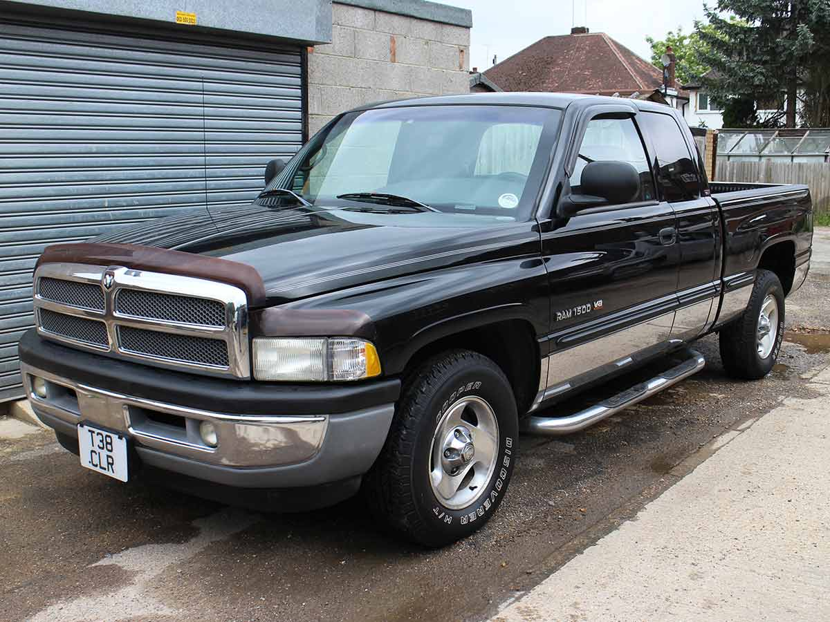 dodge ram laramie slt 1500 pickup quad cab black 5200l v8 magnum engine ebay. Black Bedroom Furniture Sets. Home Design Ideas